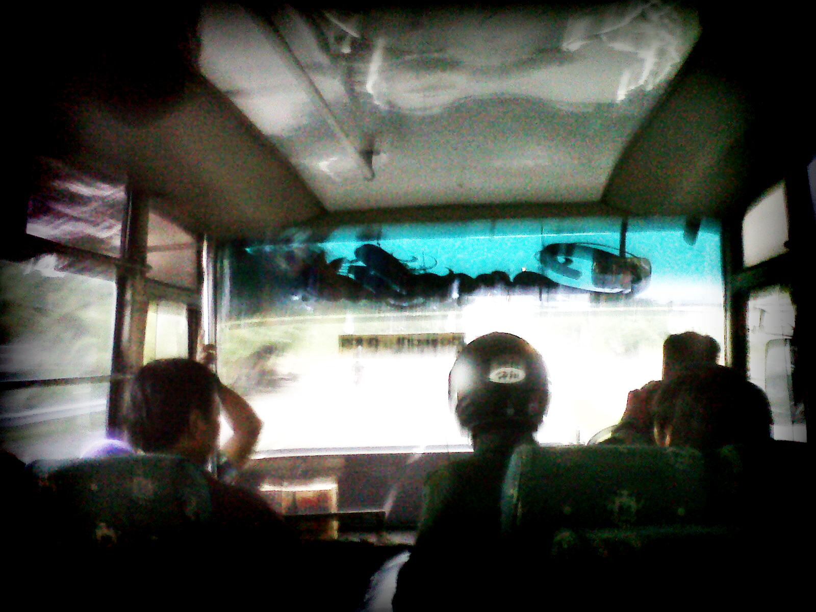 Helm Bus Berdiri Nih Orang Pakai